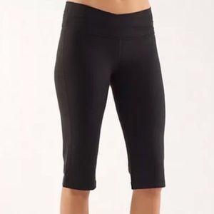 Lululemon Black Astro Crop Shorts Size 6